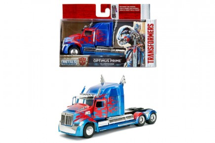 Transformers macheta T5 Western Star 5700 scara 1:32