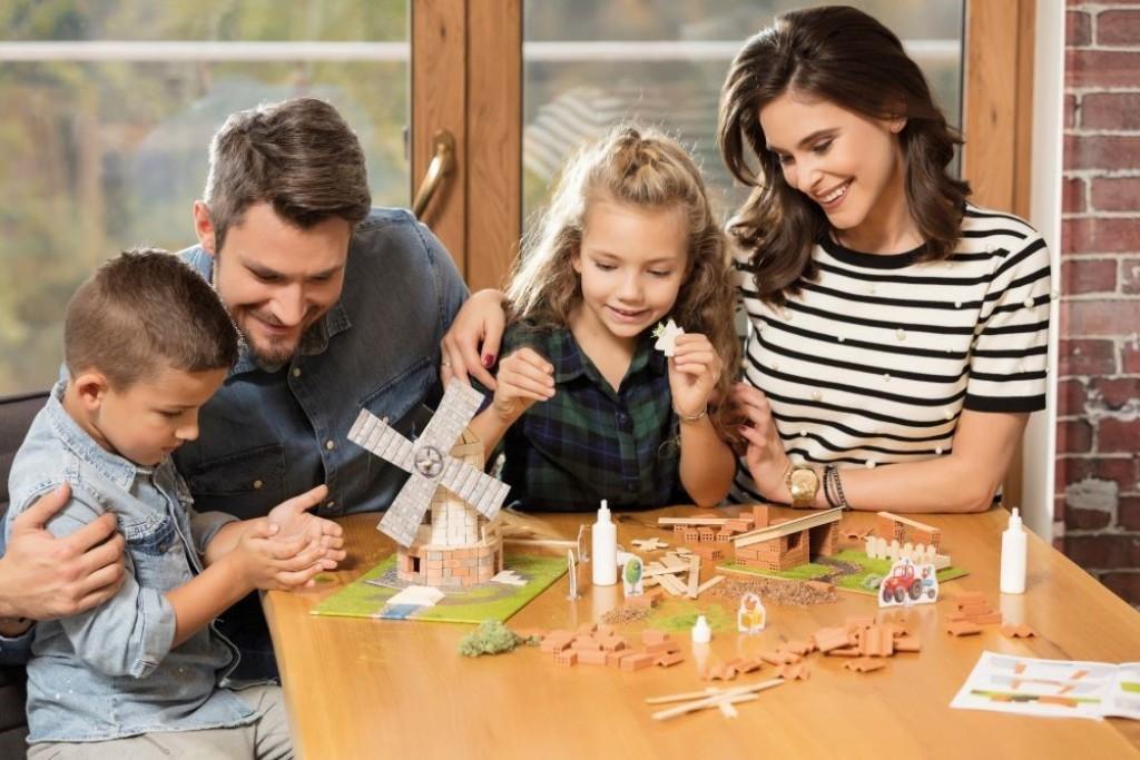Set de constructie Brick Trick - Ferma din caramizi adevarate