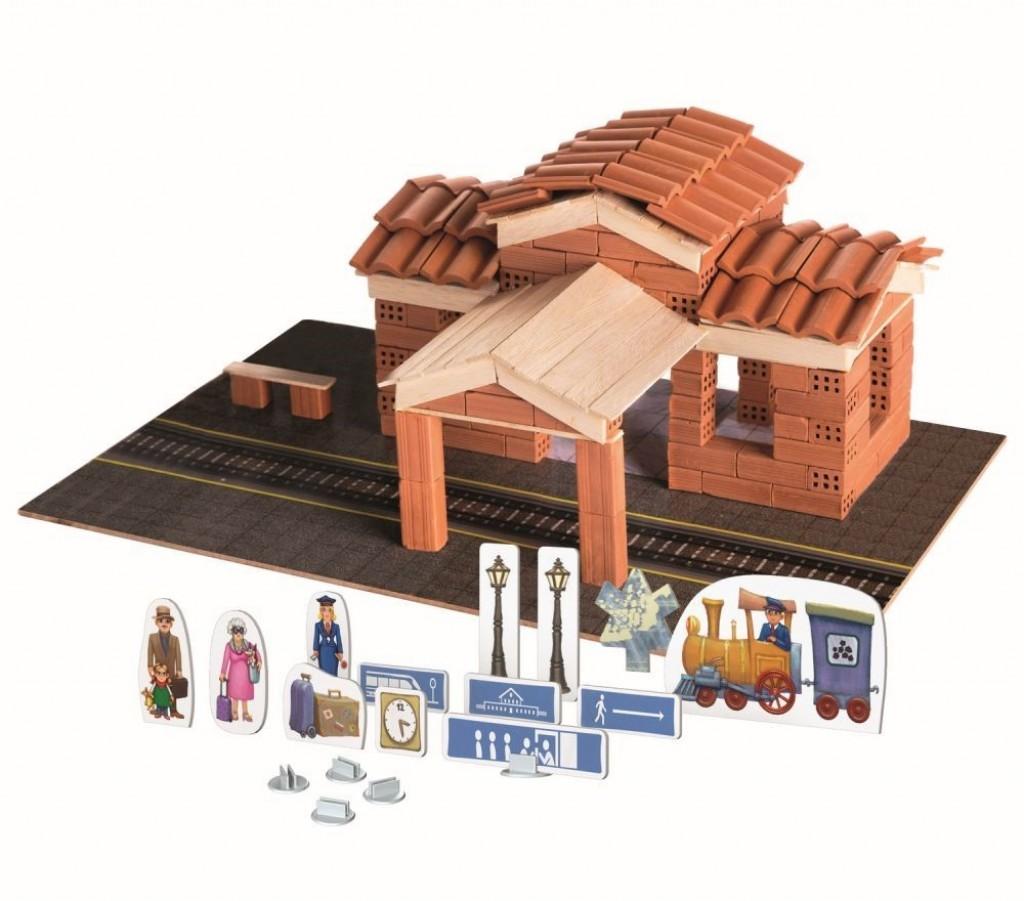 Set de constructie Brick Trick - Gara din caramizi adevarate