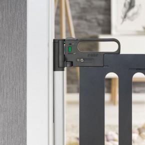 Poarta de siguranta extensibila DesignLine Trend, 76-106 cm, aluminiu + lemn gri, Reer 46011
