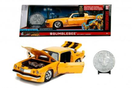 Masinuta metalica Transformers 1977 Chevy Camaro 1:24